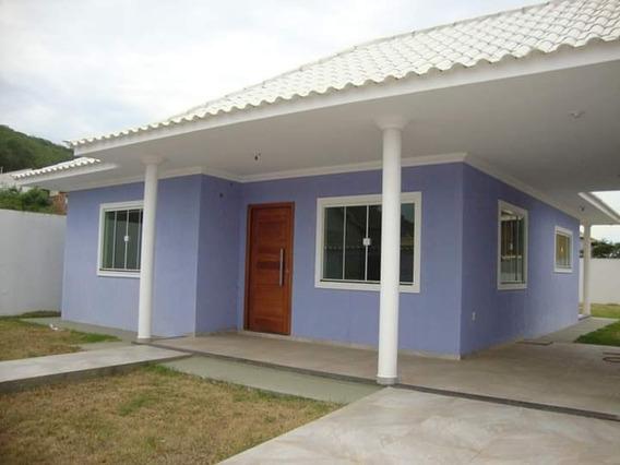 Casa Com 120m. 3 Quartos, Sendo 1 Suite,2 Banheiros,