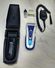 Barbeador Braun + Escova Dental Sanitas