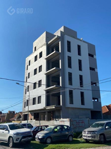 Desarrollo Inmobiliario   4 Ambientes En Venta, Barrio Constitucion