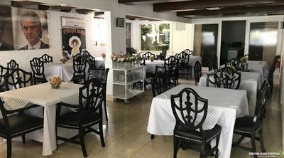 Restaurante En El Gran Centro De Santo Domingo