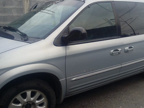 Chrysler Town & Country 3.8 Limited Mt 2001