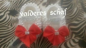 Sapatinhos De Croche Bordados
