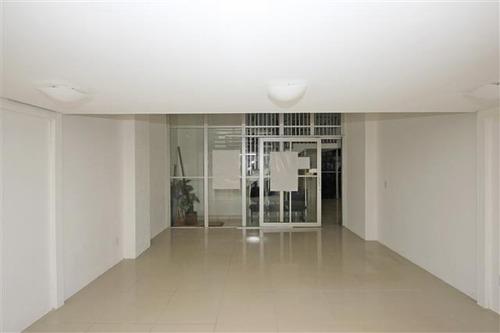 Imagem 1 de 10 de Excelente Sala Comercial Situada No Bairro Centro - Sa0407