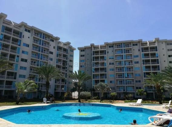Apartamento En Playa Moreno, Frente A La Playa 0424 8255686