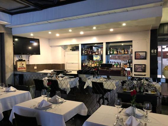 Vendo Restaurante En El Exclusivo Sector De Piantini Id.1718