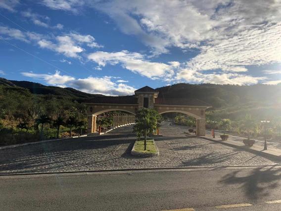 Rento Casa De 4 Habitaciones Con 2000mts De Terreno