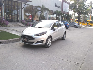 Ford Fiesta Hatchback Mecánico 2015