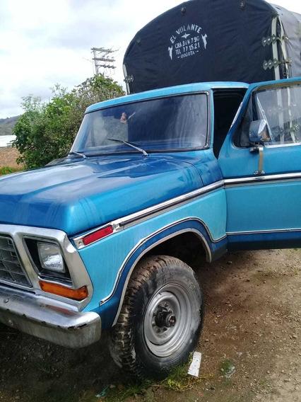 Camioneta Ford Ranger Modelo 1974