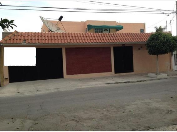 Casa En Venta En Valle Campestre