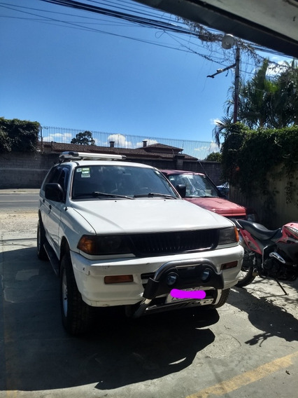Mitsubishi Montero Motor 2400