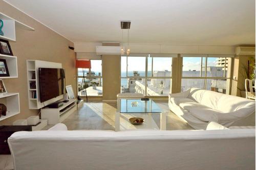Vista Al Puerto, 7 Suites, 4 Garajes, 4 Bauleras.