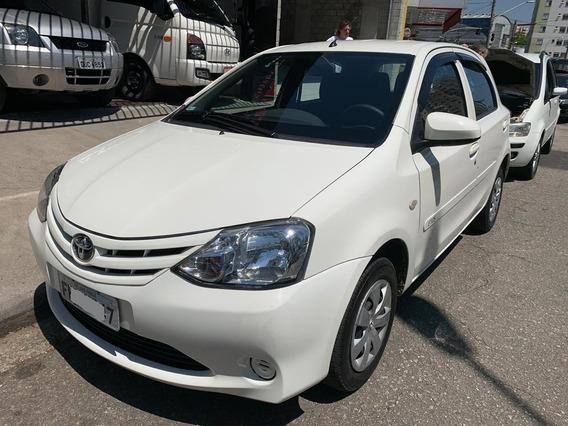 Toyota Etios X 1.3 2016 (segundo Dono)