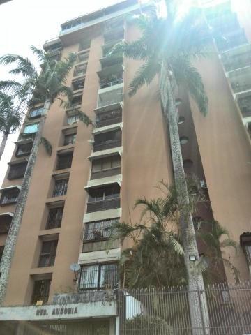 Apartamento En Venta Clna De Los Caobos 20-14253 Rah Samanes