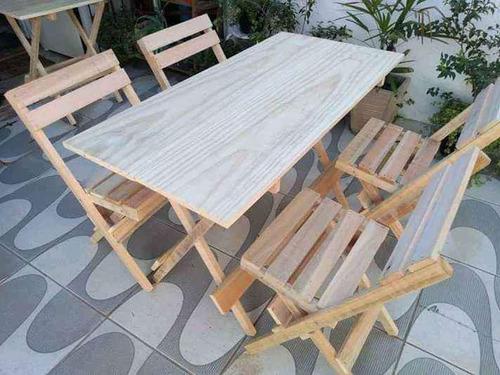 Imagem 1 de 3 de Descriçãojogo De Mesa Em Madeira Jk Com Cadeiras Dobráveis