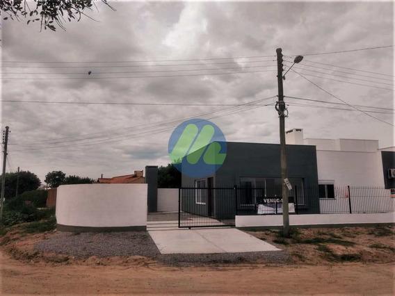 Casa Com 3 Dorms, Centro, Pelotas - R$ 398 Mil, Cod: 93 - V93