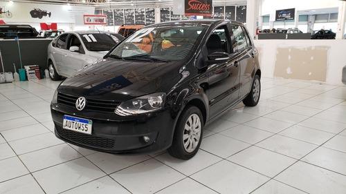 Imagem 1 de 9 de Volkswagen Fox 2012 1.6 Vht Total Flex 5p