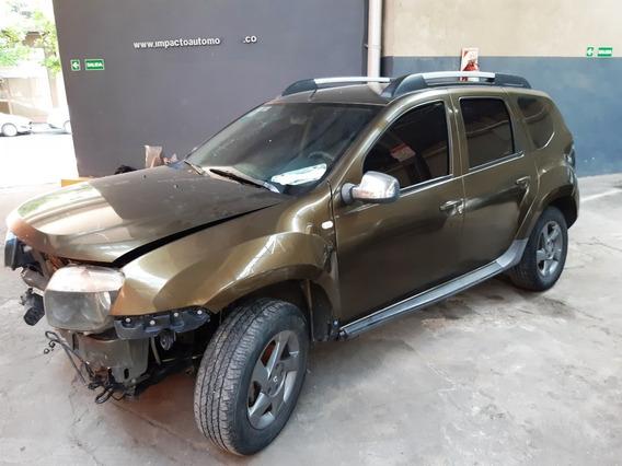Renault Duster 2.0 4x4 Luxe Nav - Chocado - Funcionando