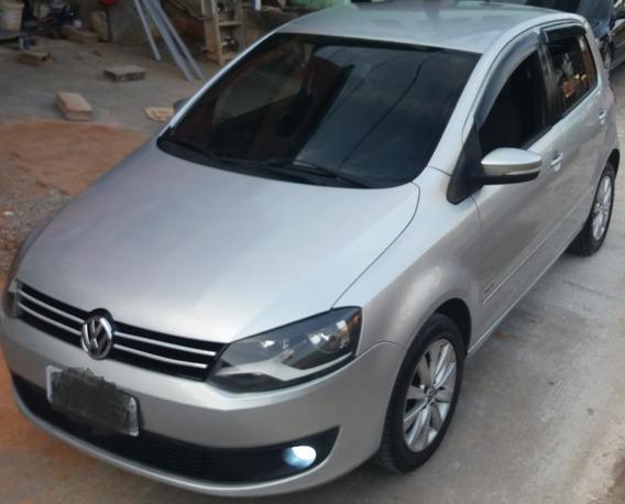 Volkswagen Fox 1.6 Vht Trend Total Flex 5p 2010