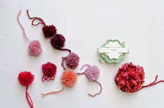 Set Kit 4 Pommaker Nube Pomponera Crochet Tricot Tejer 12/1