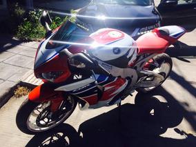 Inmaculada Inconmensurable Honda Cbr 1000 Rr 2011