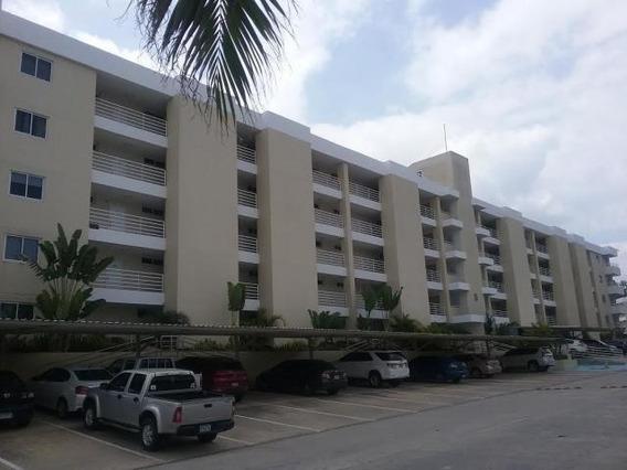 Apartamento En Venta En Altos De Panama 18-6306 Emb