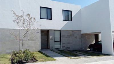 Casa En Renta En Fraccionamiento Residencial El Refugio