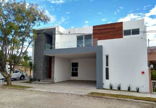 Casa En Venta Aguascalientes Norte Campestre R A1125