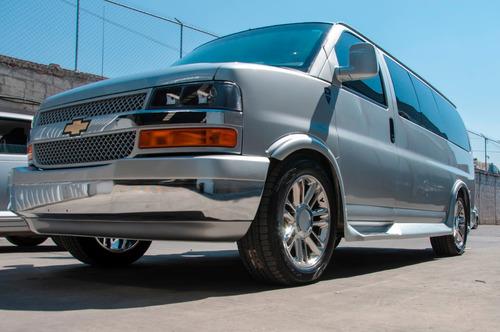 Chevrolet Express 6.0 L 2021 Premier Imperial Vans