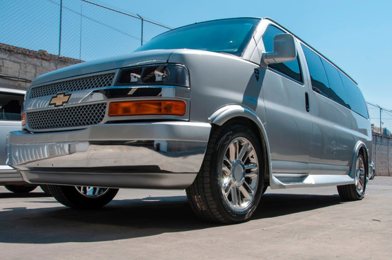 Chevrolet Express 6.0 Ls C 15 Pas At 2020