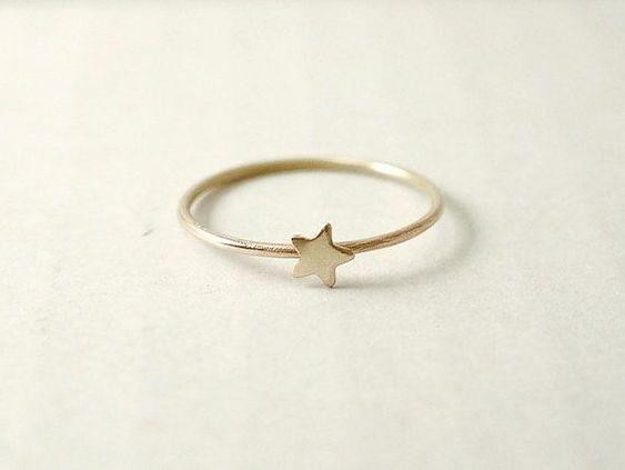 Anel Com Estrela Em Prata 950