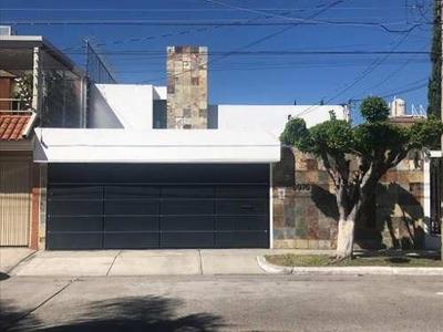 Casa En Renta En Real Vallarta/ La Estancia