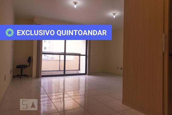 Studio No 4º Andar Com 1 Dormitório E 1 Garagem - Id: 892984108 - 284108