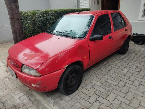 Imagem 1 de 5 de Ford Fiesta 1.0 1999 4 Portas