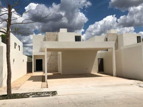 Casa Nueva En Venta En Privada Arbórea, Modelo Paraíso, Conkal, Mérida Norte