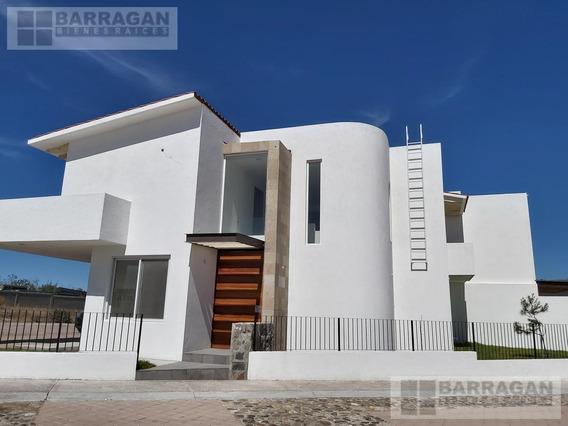 Casa Nueva En Lomas De La Vista Querétaro