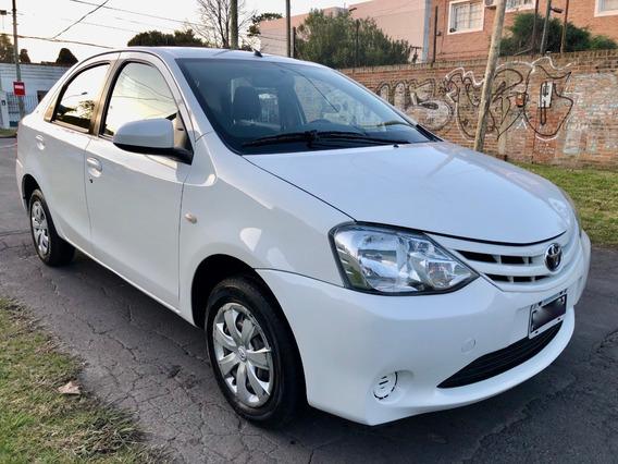 Toyota Etios Xs 4 Puertas Año 2016 Unico Dueño - Excelente
