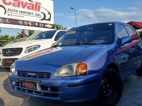 Toyota Starlet Azul 2001