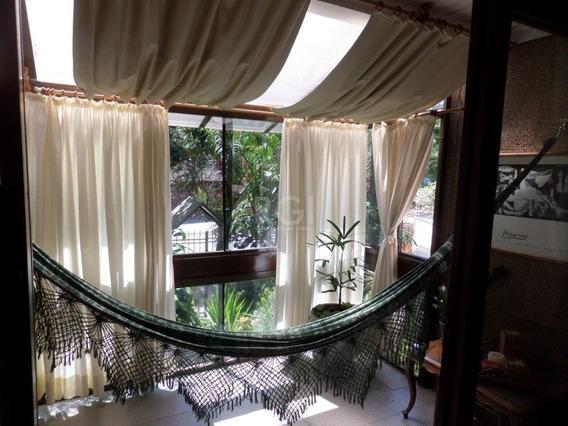 Apartamento Em Petrópolis Com 3 Dormitórios - Bt9843