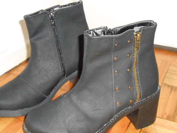 Botas Negras Con Tachas (envío)