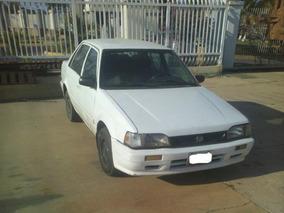 Mazda 323 Año 2002