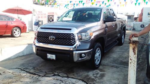 Imagen 1 de 11 de Toyota Tundra 2019 5.7 Limited 4x4 At