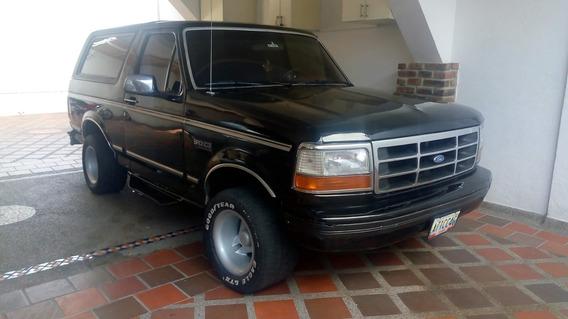 Ford Bronco 2500 Neg