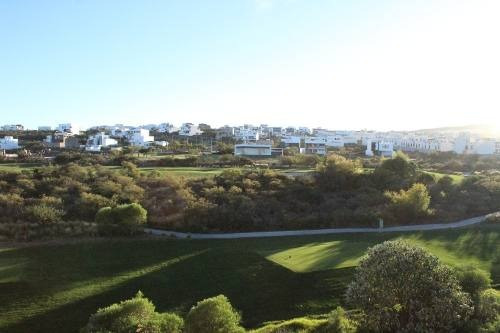 Departamento En Renta Vista Campo De Golf Zibata Queretaro