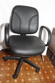 Cadeira De Escritório Giratória Usada