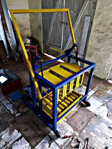 Imagem 1 de 5 de Máquina De Bloco Poedeira R$7.800