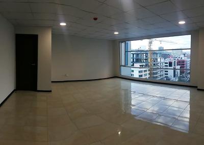 Arriendo Oficina O Consultorio Comercial · 42m2