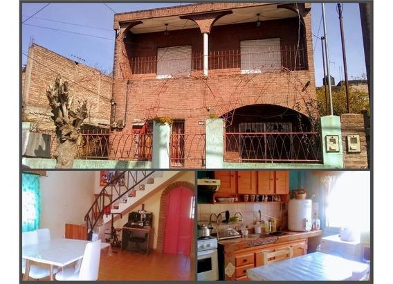 Casa En Venta 6 Amb. Jaguel. Monte Grande