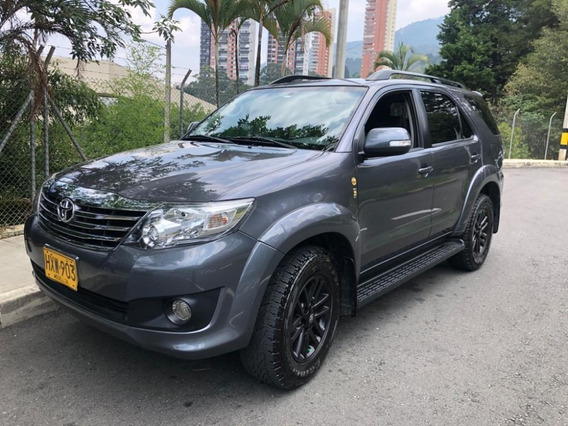 Fortuner Fl 2.7l - At 2700cc 4x4 Año