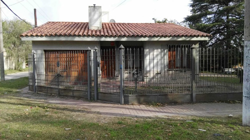 Se Alquila ,casa Con Pileta En Villa Mercedes, San Luis