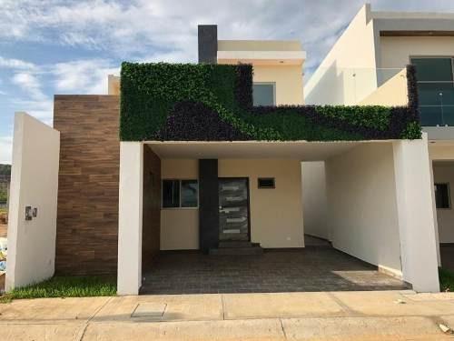 Casa En Venta En Altabrisa Residencial En Area De Cerritos Cerca De Playa